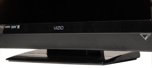 vizio tv e321vl. angular, glossy and sturdy -- but missing a swivel vizio tv e321vl