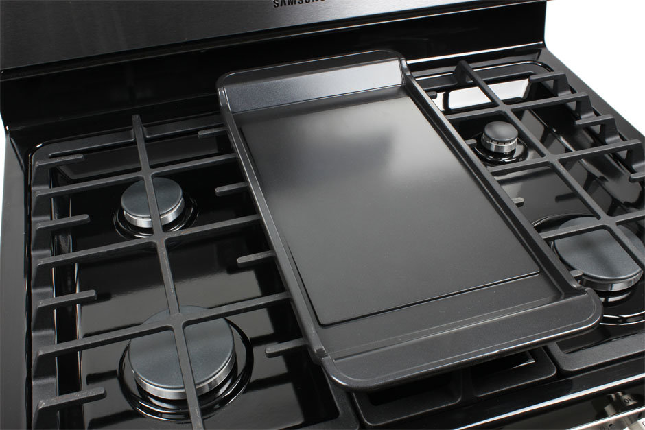 Stove With Griddle In The Middle ~ Samsung nx f ss inch freestanding gas range review