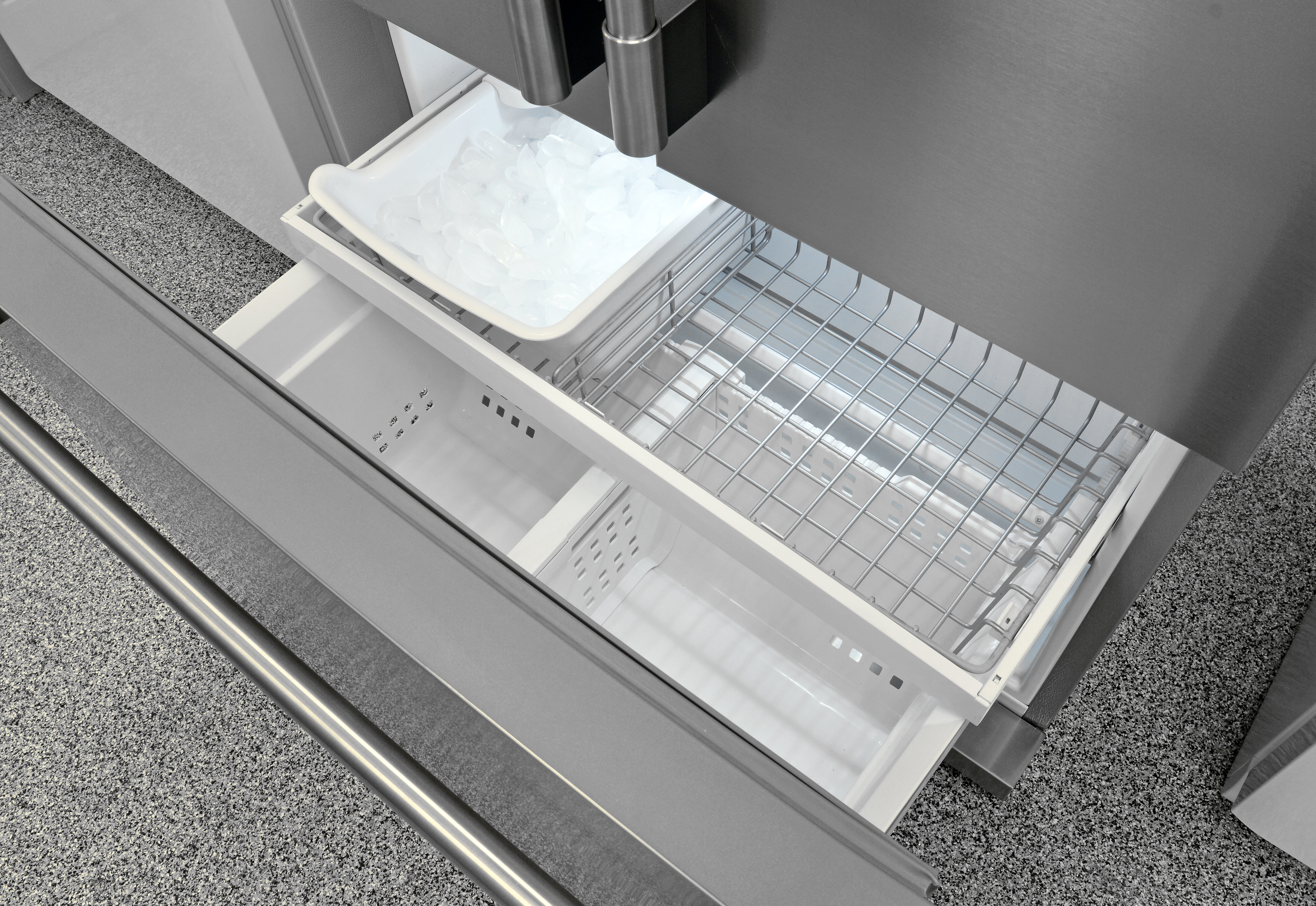 While the Frigidaire Professional FPBC2277RF's counter depth freezer may not be overly spacious, the sliding drawers and adjustable dividers help make it easy to access your food.
