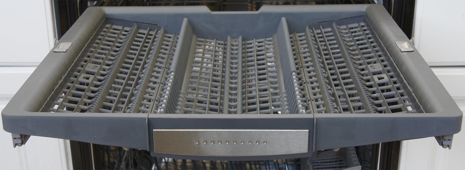 Bosch SHX7PT55UC third rack