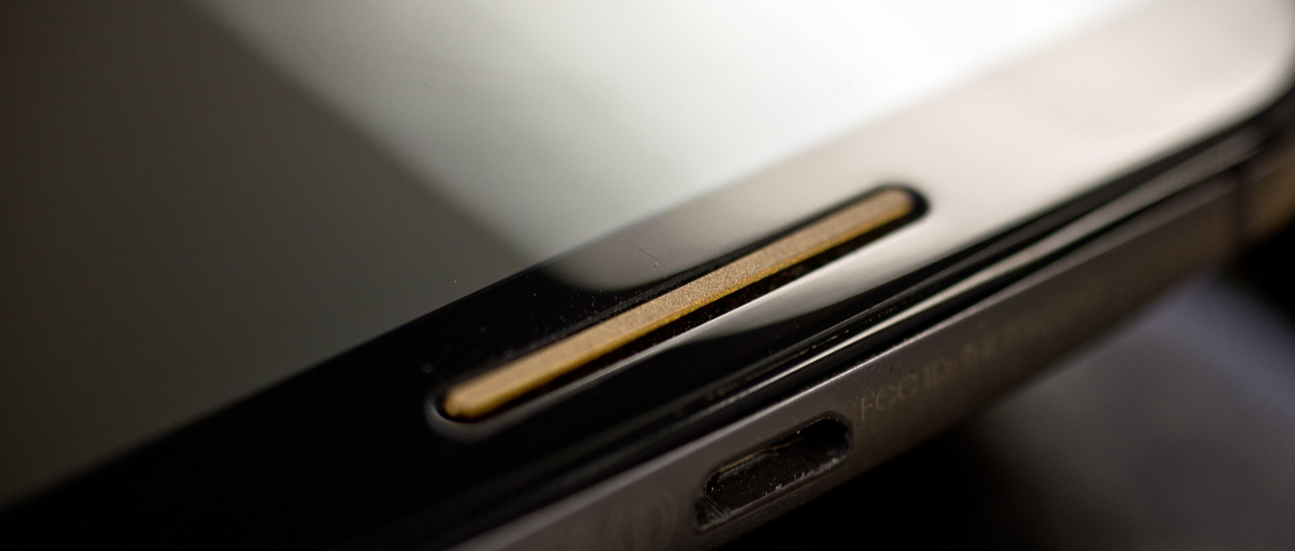 The speaker grille of the Motorola Moto X (2014 edition).