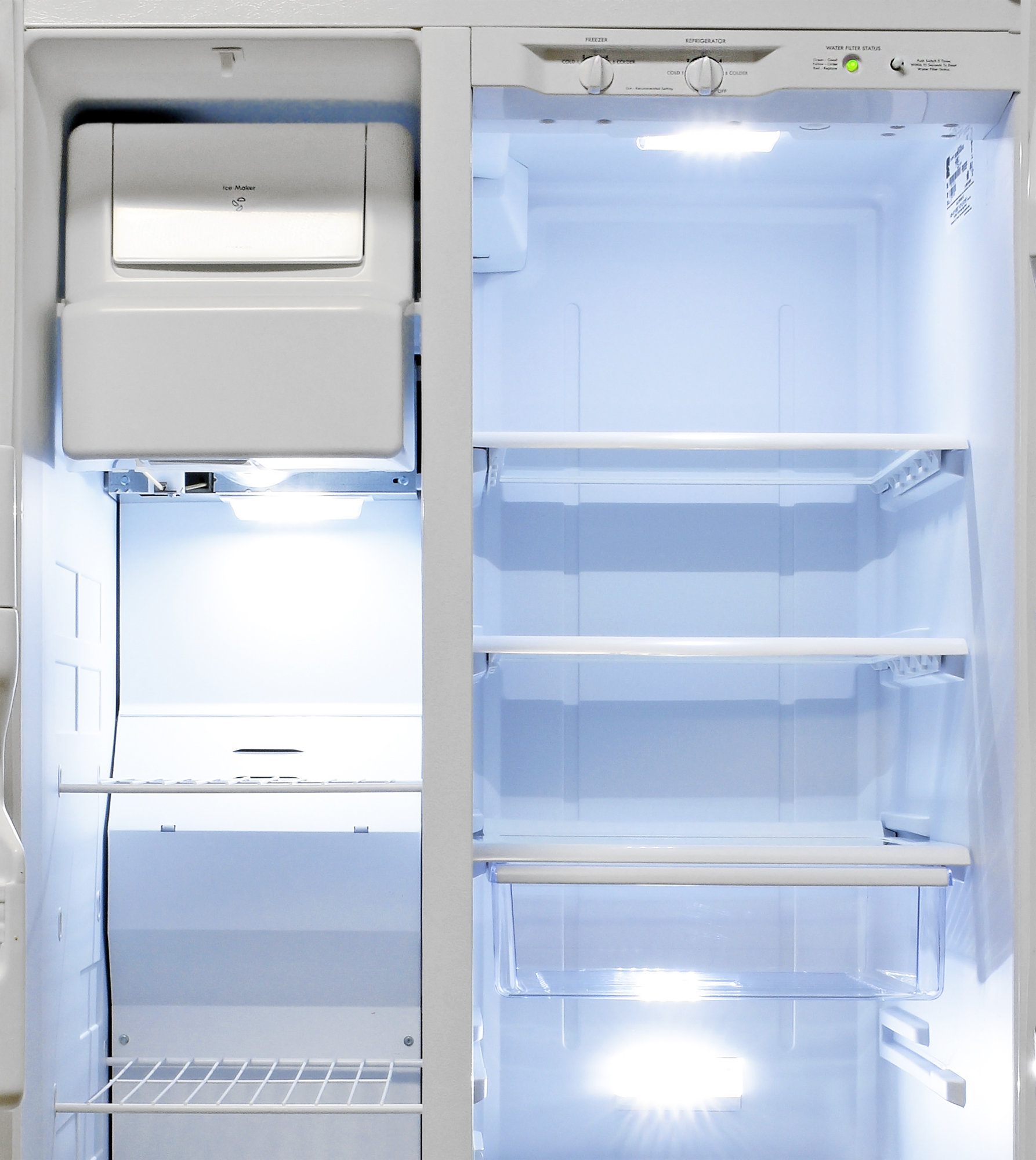 The Kenmore 51122's fridge has more shelves than its freezer, but neither have many options for height adjustments.