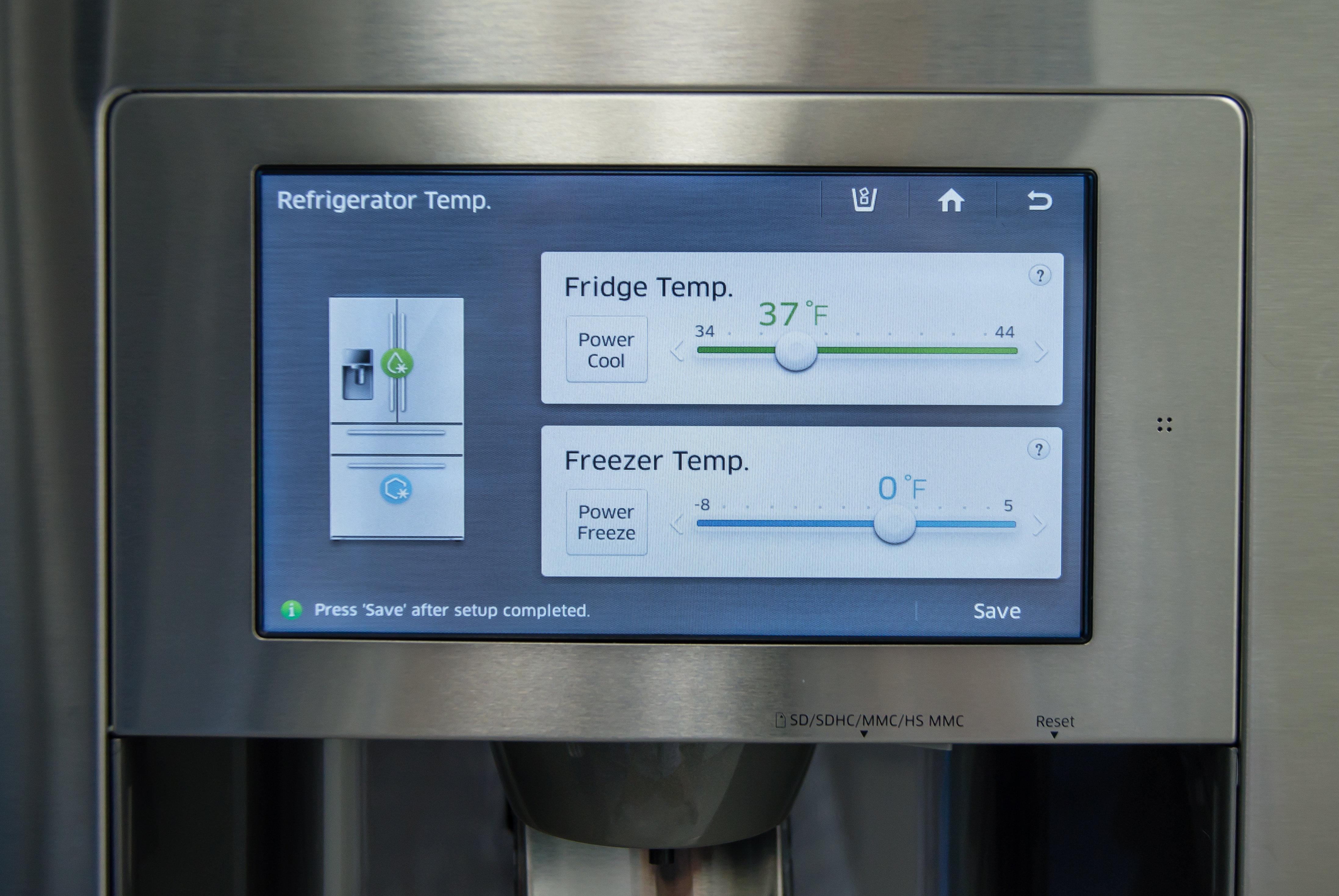 Temperature controls for the fridge and freezer