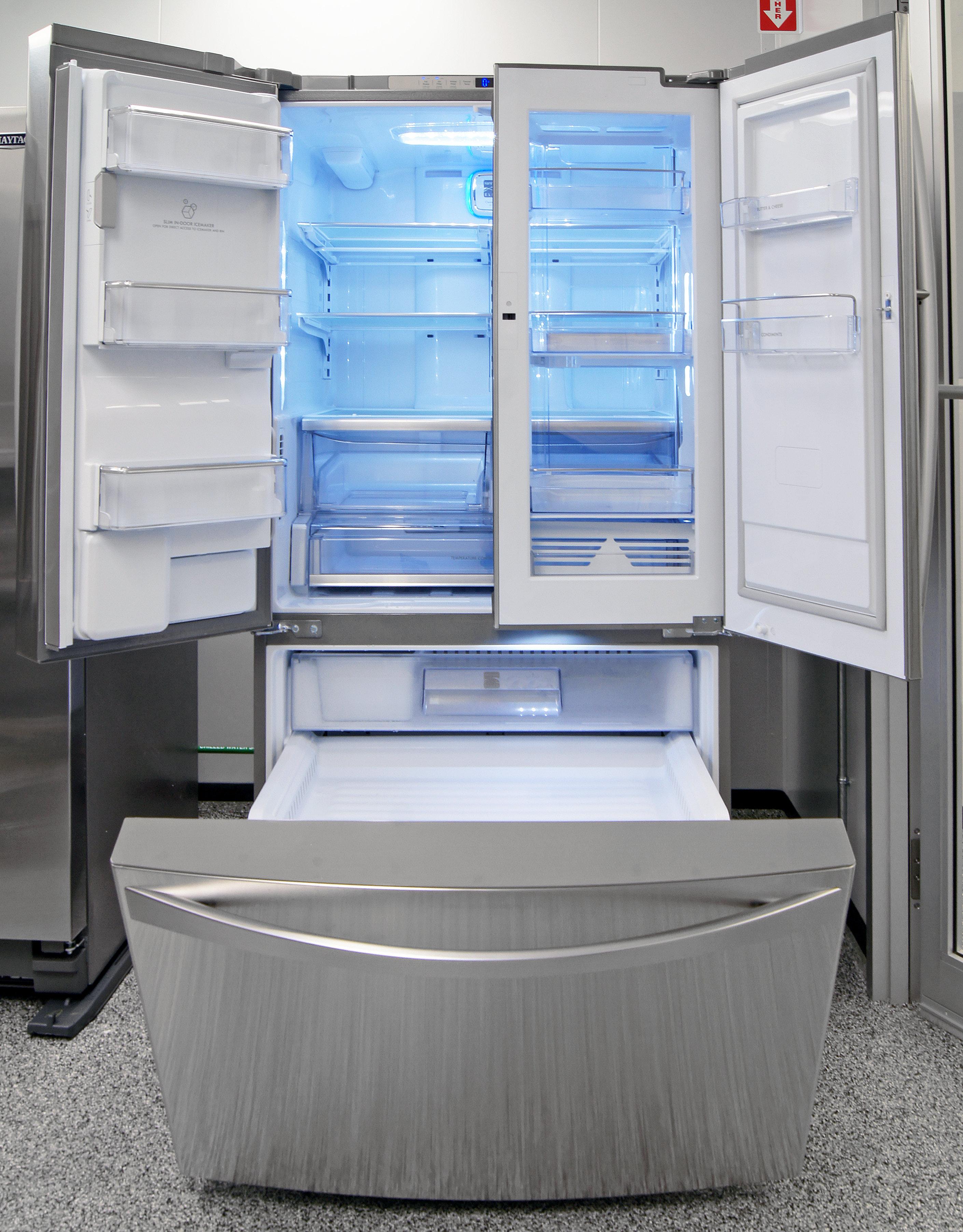 With door-in-door storage, tilting freezer doors, and plenty of space overall, organizing food in the Kenmore Elite 74033 should be a snap.