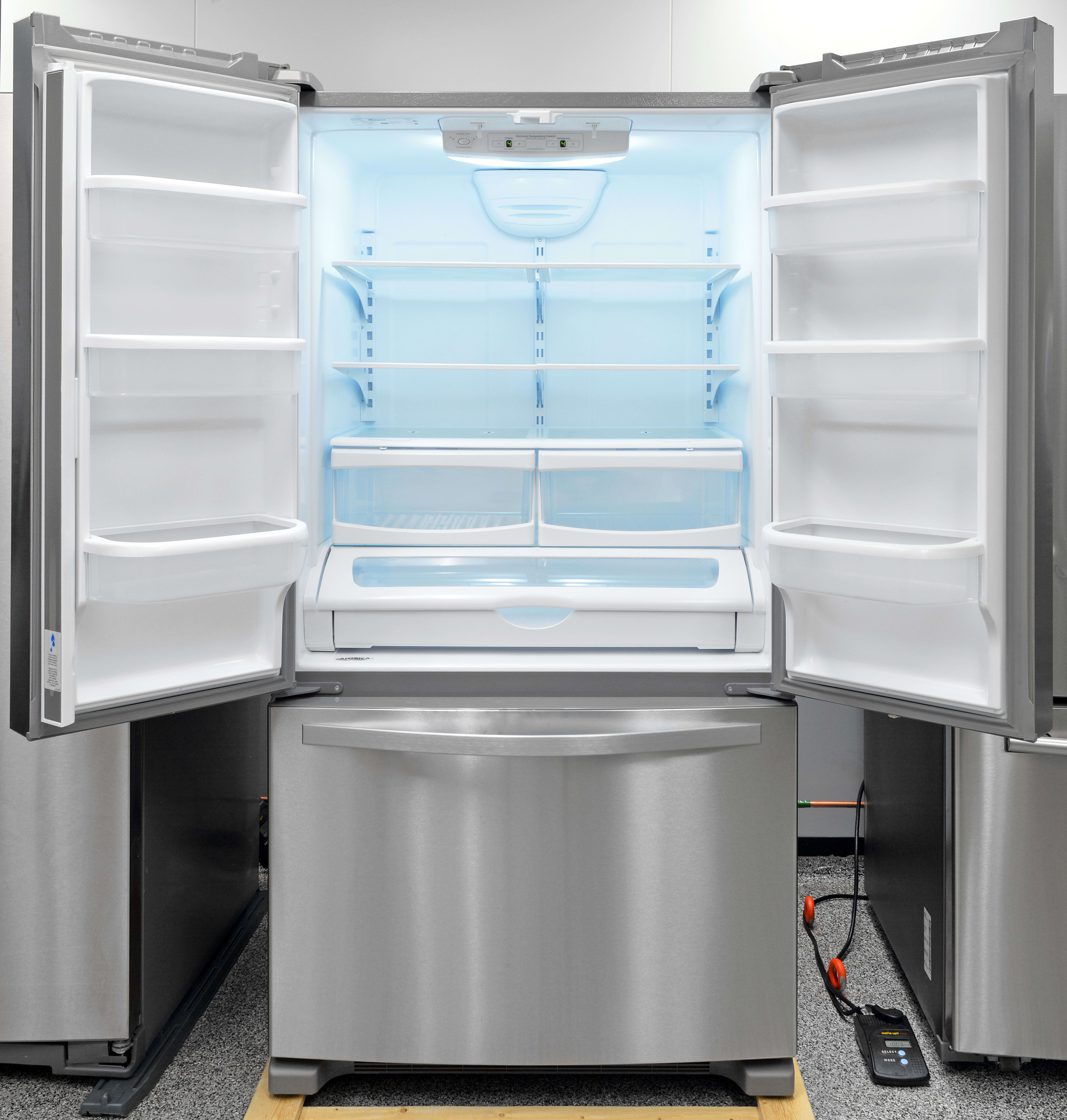 Looks, style, and efficacy make the Whirlpool WRF535SMBM an unparalleled bargain.