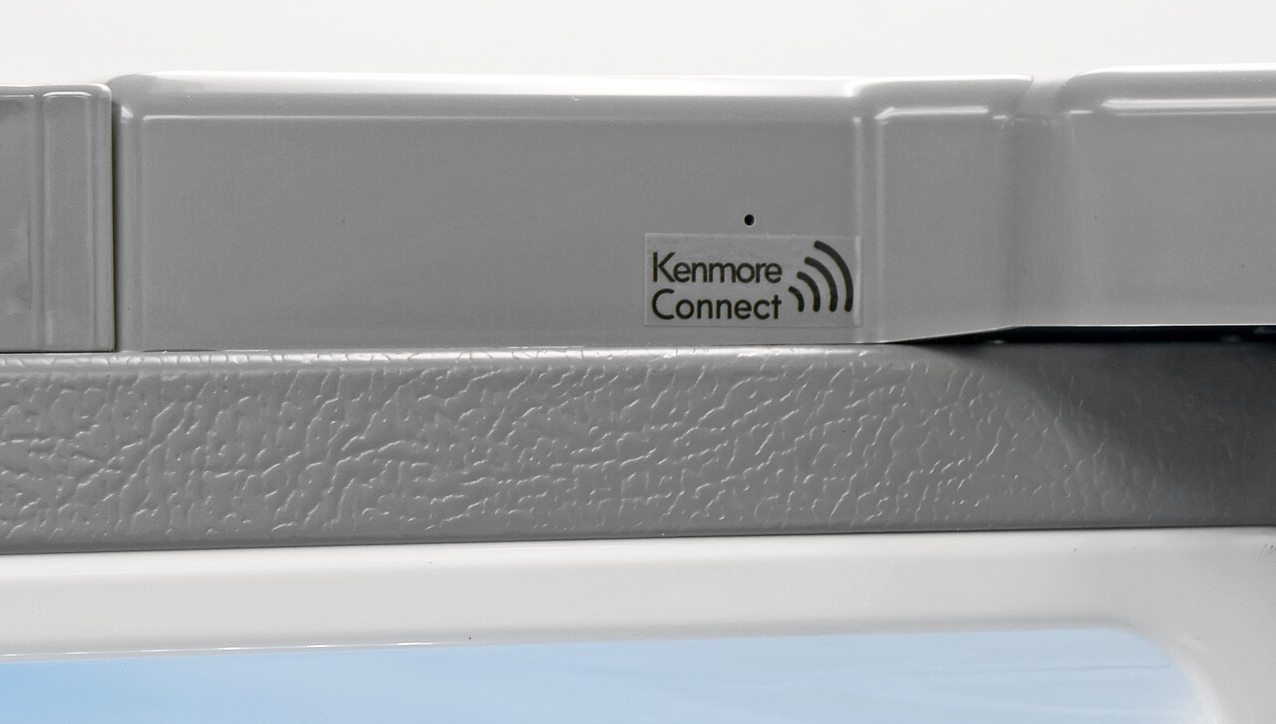 Kenmore Connect allows you to use a smart phone to diagnose any error codes that pop up on the Kenmore Elite 72483.