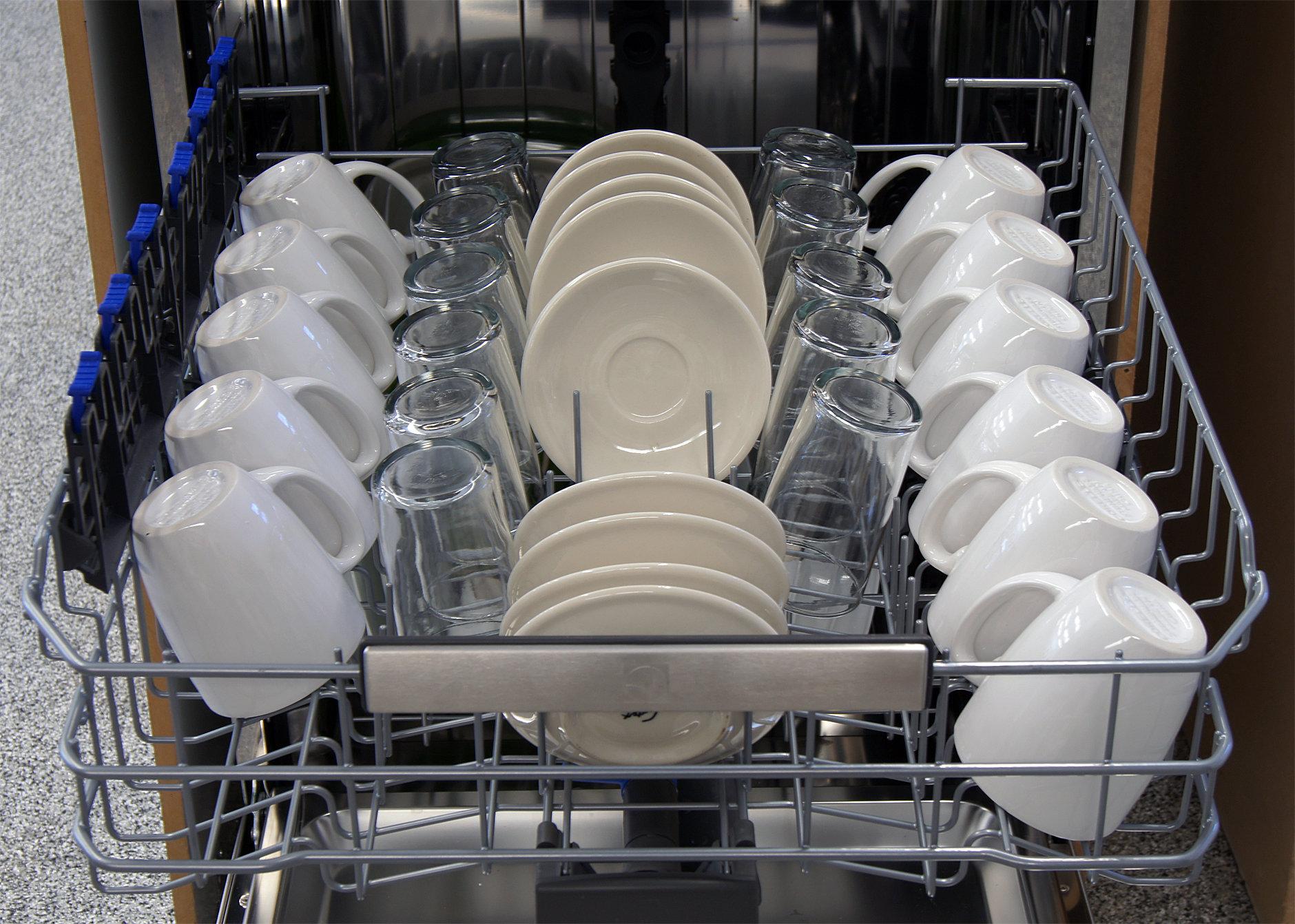 Electrolux EI24ID30QS top capacity