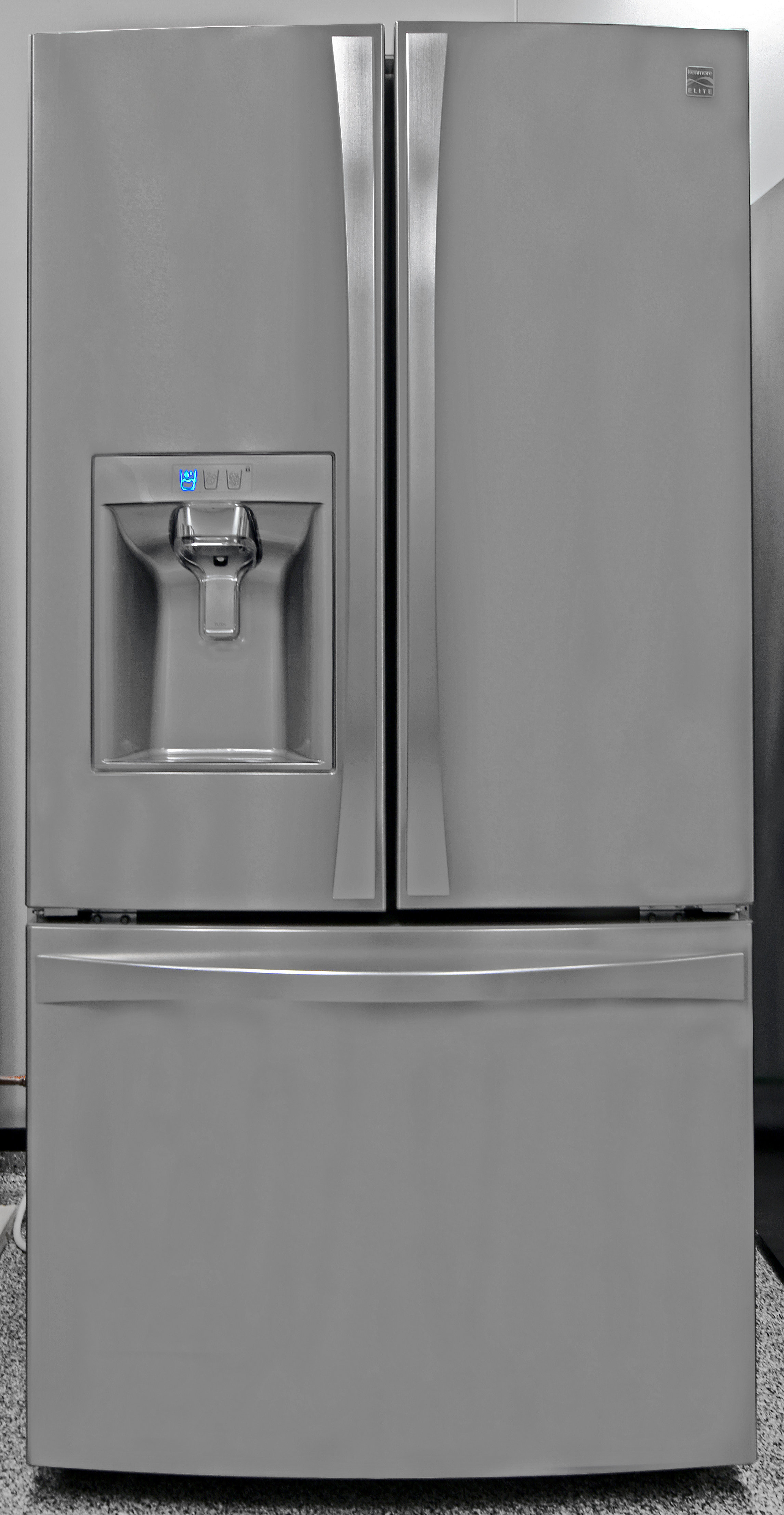 The high-end Kenmore Elite 74025 looks great and performs even better.