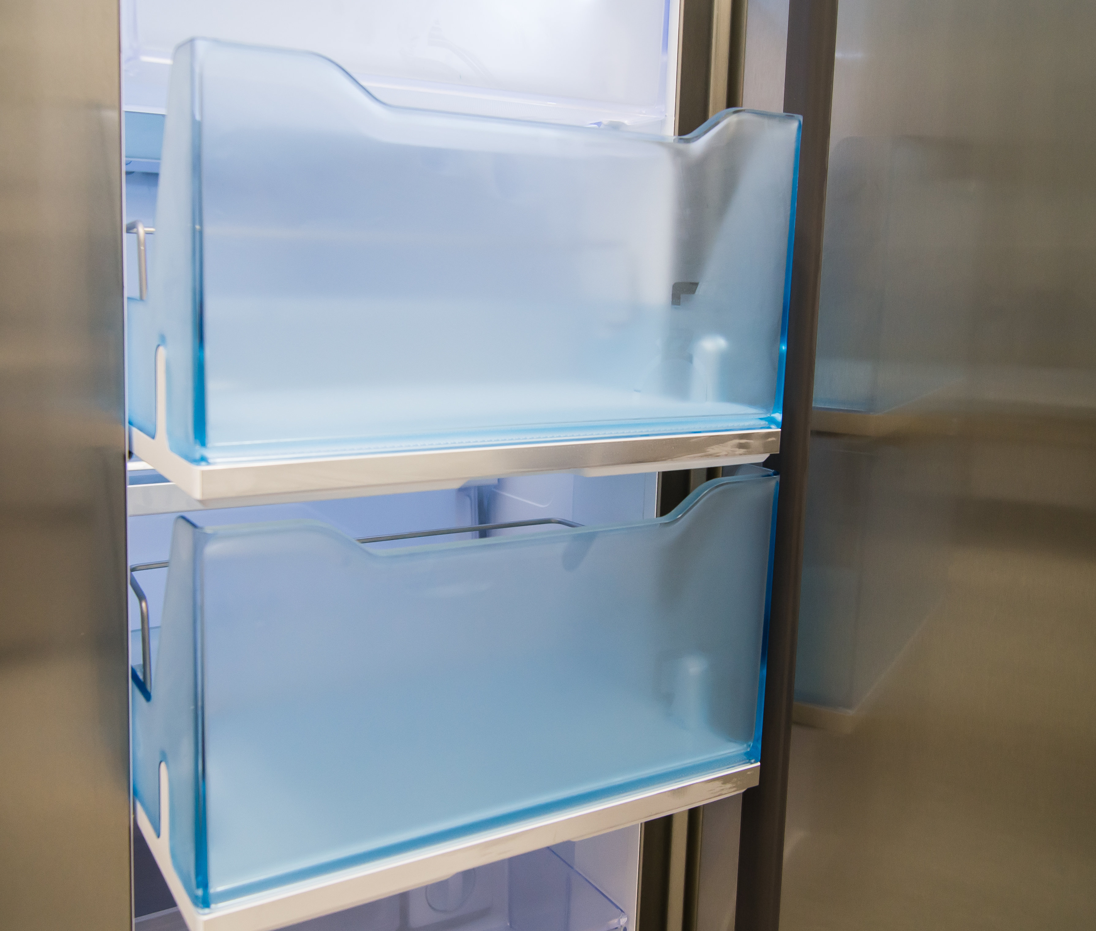 The Samsung RH29H9000SR Food Showcase's lower door-in-door buckets slide out like drawers.