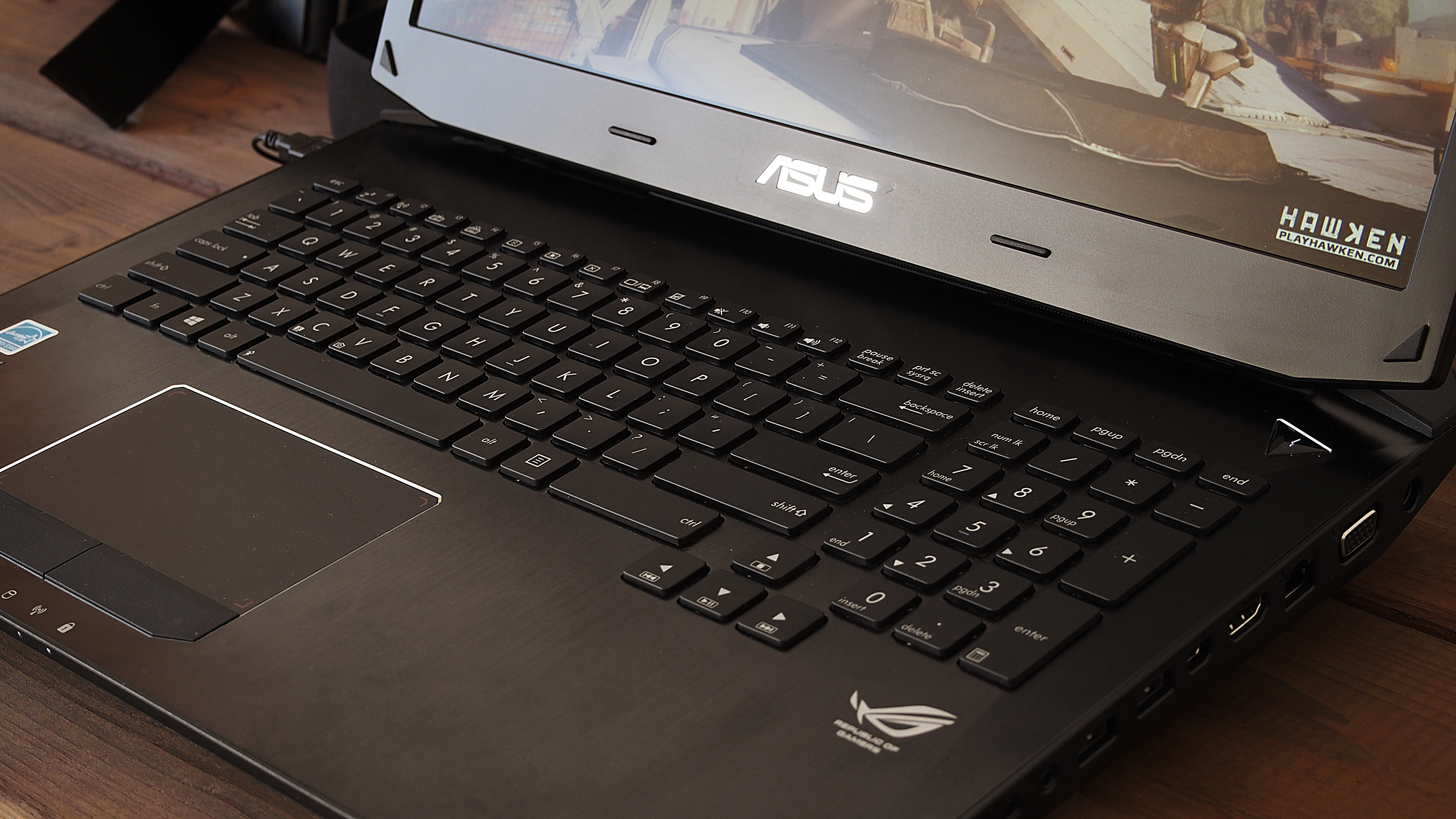 The keyboard on the G750JZ is spacious and comfortable, while the touchpad is incredibly responsive.