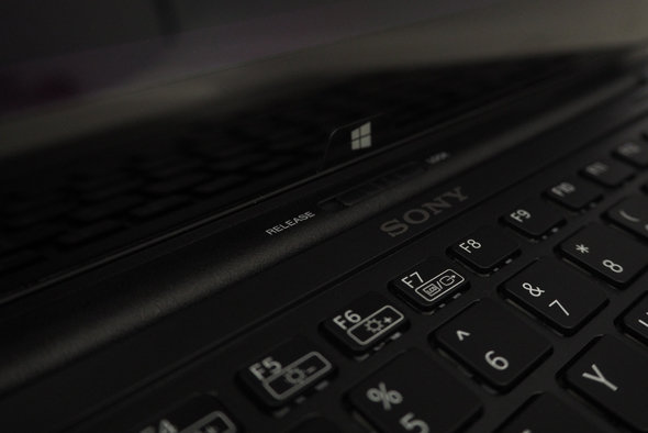The switch above the keyboard allows the Flip to transform into a tablet.