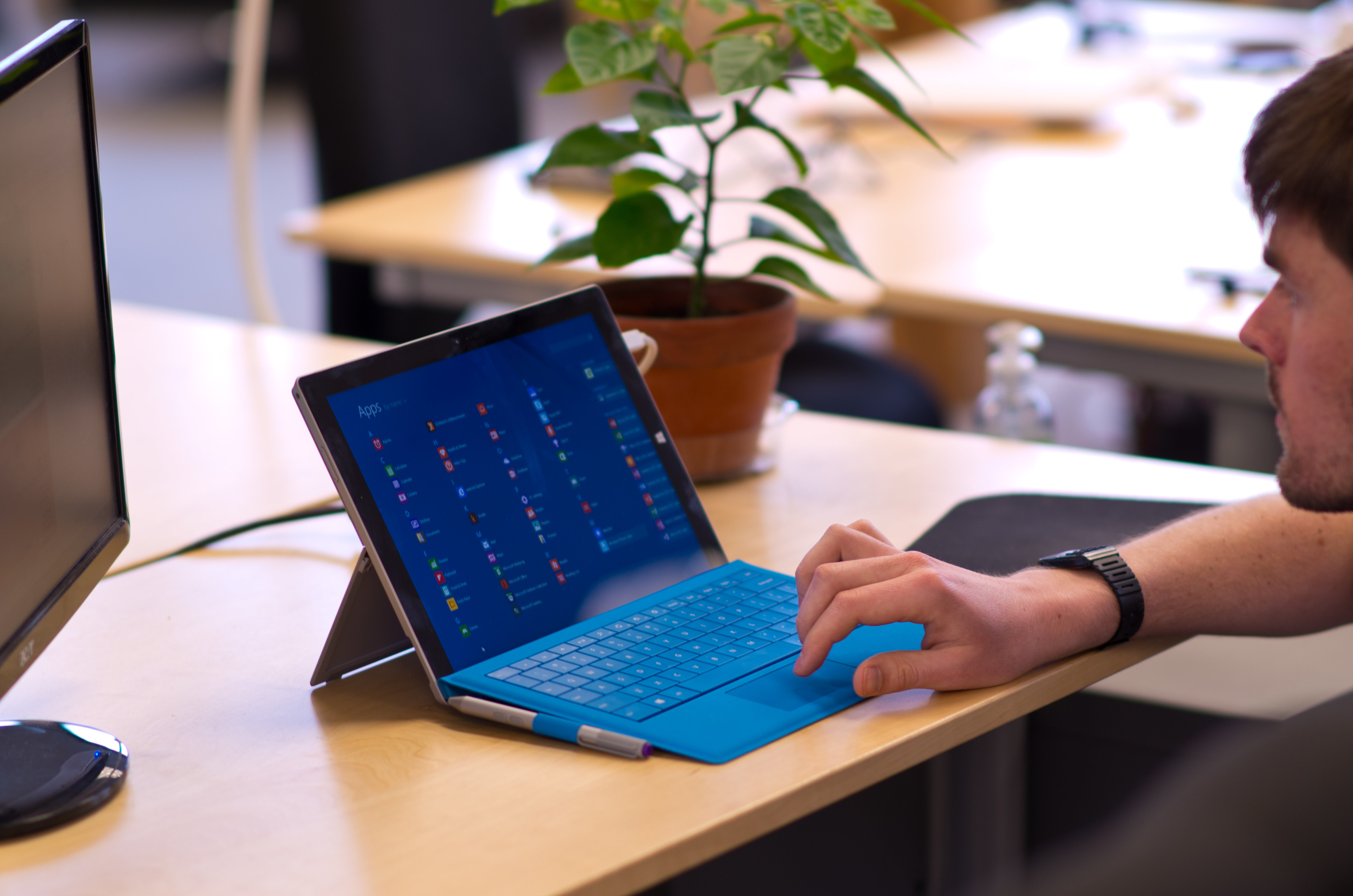 A closer look at the Microsoft Surface Pro 3 in use.