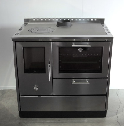 Would You Put A Wood-Fired Oven In Your Kitchen? - Reviewed.Com Ovens