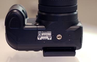 Fujifilm_IS-1_bottom.jpg
