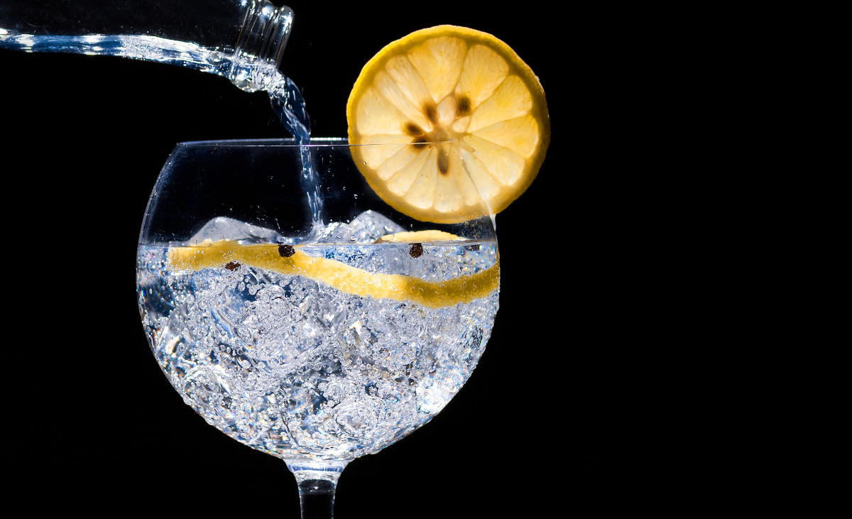 Best Buy Auto Center >> This Spanish twist on the classic gin and tonic is a perfect summer drink. - Reviewed.com