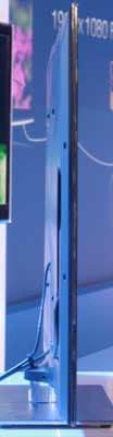 Samsung-8000_right.jpg