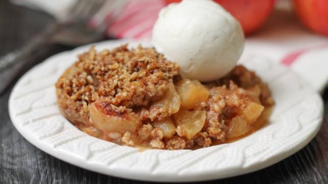 Instant Pot Apple Crumble