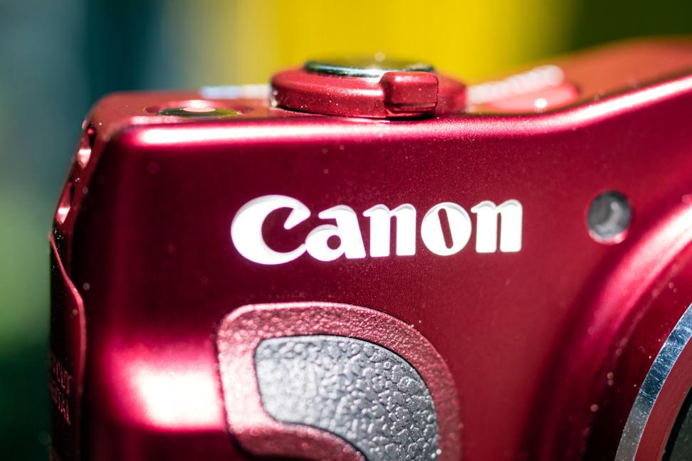 CANON-SX700-HS-CANON-FRONT-LOGO.jpg