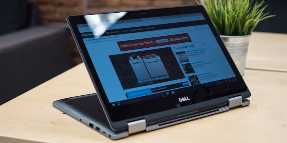 Dell Inspiron 13 7000 2-in-1 stand mode