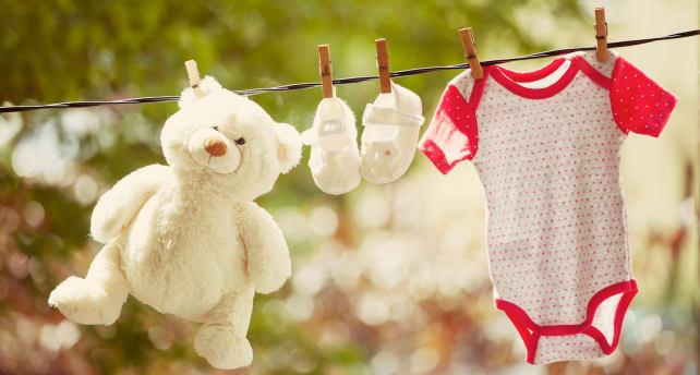 Stuffed-teddy-bear-on-the-line