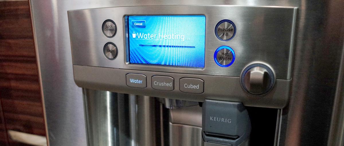 ge caf cfe28ushss coffee fridge first impressions review reviewedcom