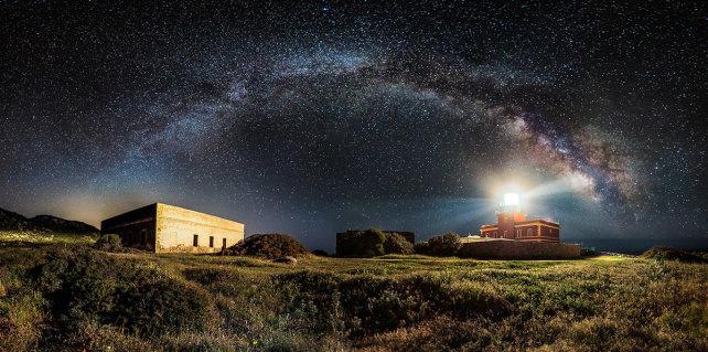 starrylighthouse.jpg