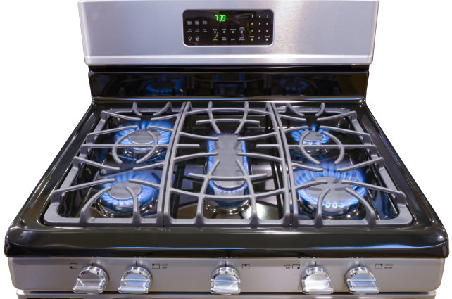 Tapwires gas or electric which cooks best - Gas electric oven best choice cooking ...