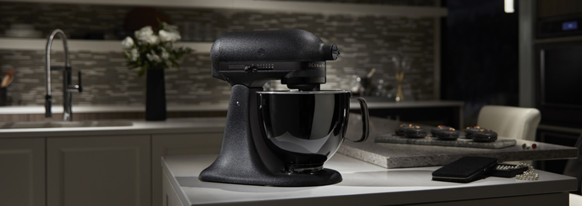 Kitchen Aid Black Tie Review