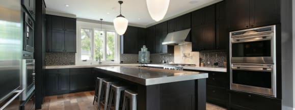 Pro com kitchen island lighting hero