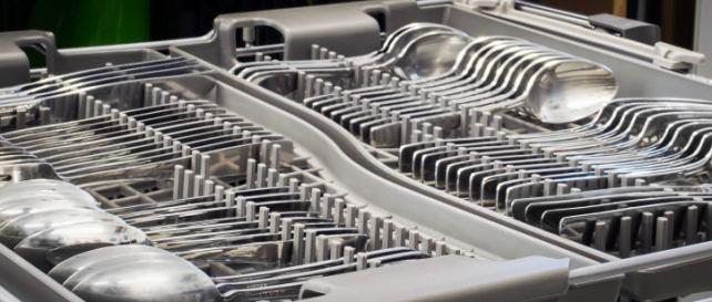 Third rack silverware tray
