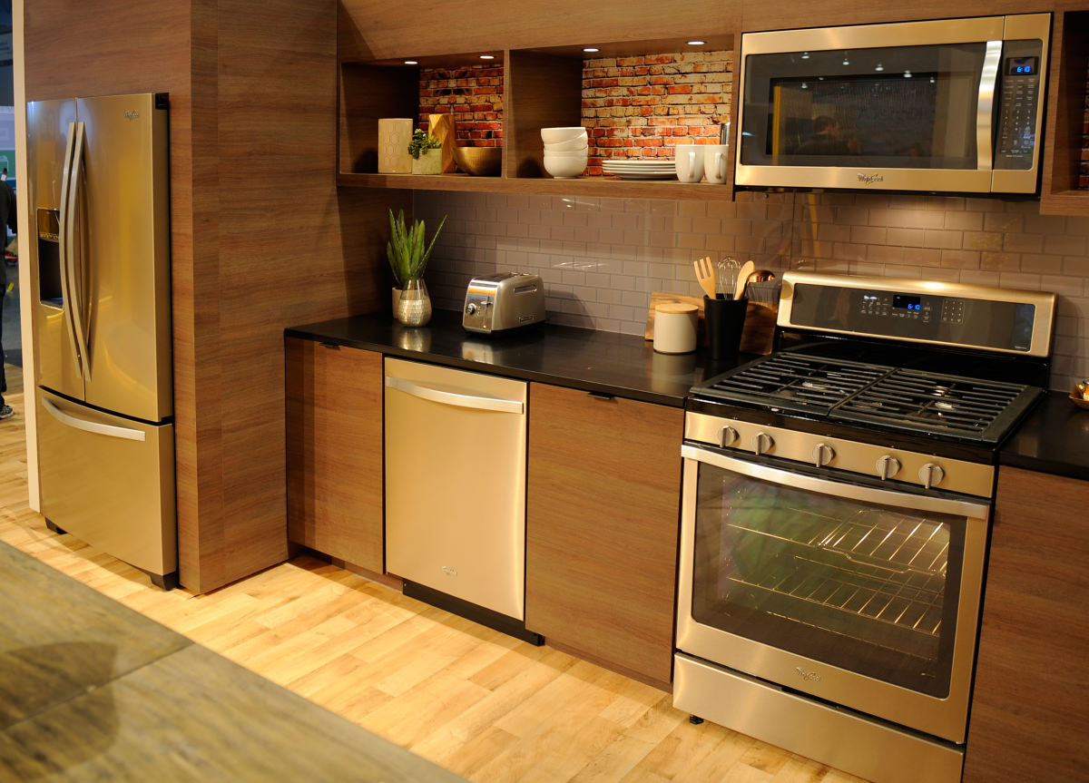 exceptional Brown Colored Kitchen Appliances #5: Bathe your kitchen in a golden glow.