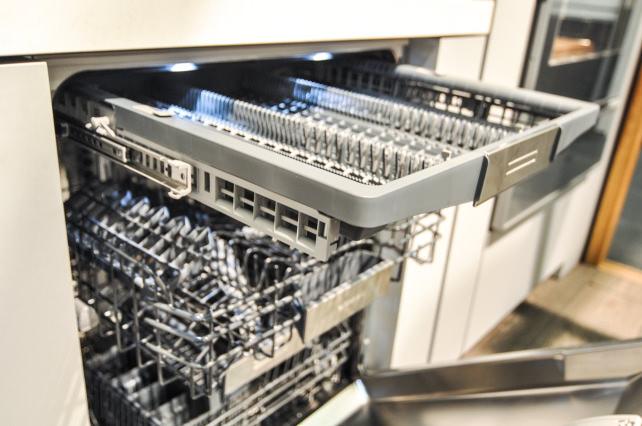 Gaggenau-dishwasher-2.jpg