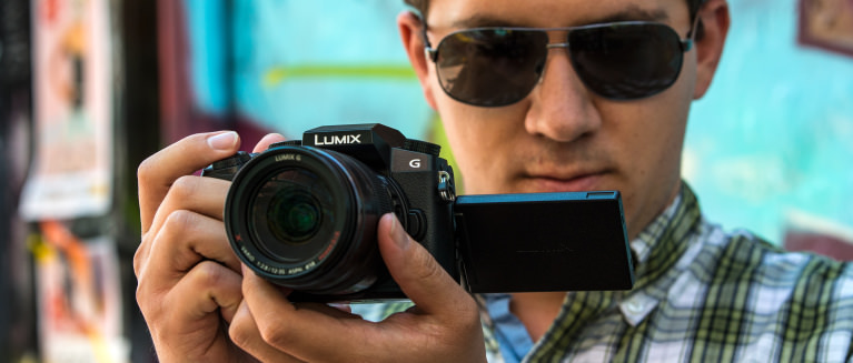 Panasonic lumix g7 review design hero