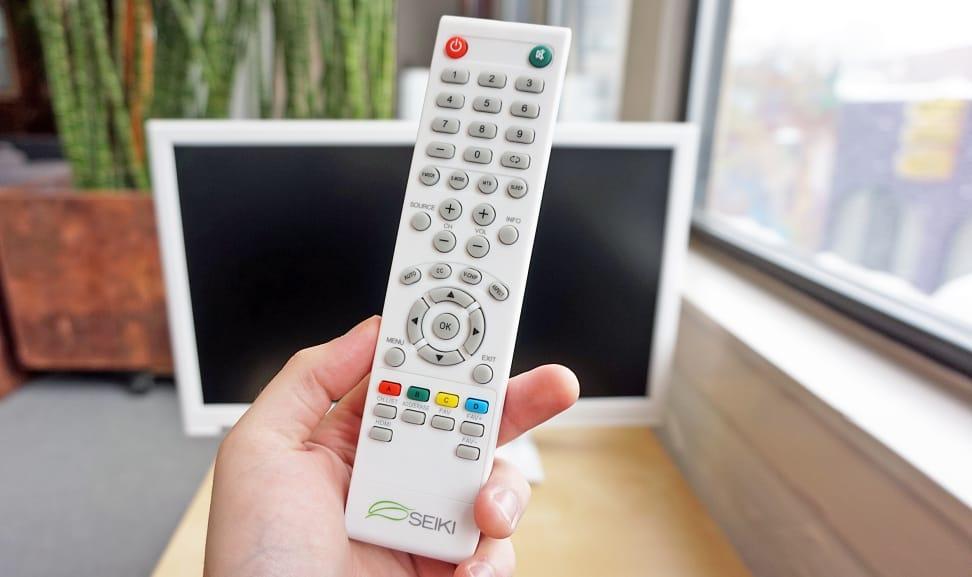 Seiki-SE24FE01-Remote.jpg