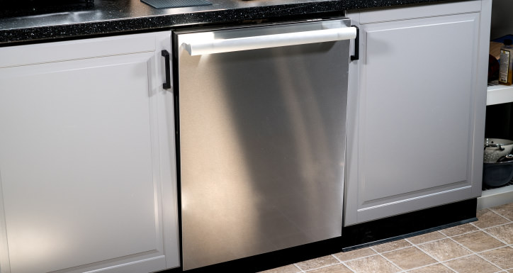 this miele dishwasher cleans dishes a price