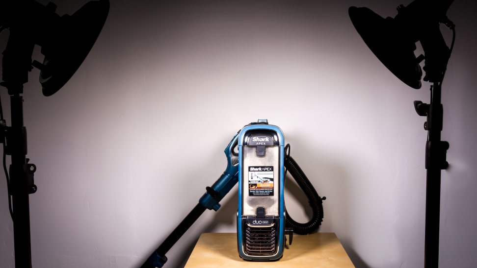 Product Image - Shark Apex AX952