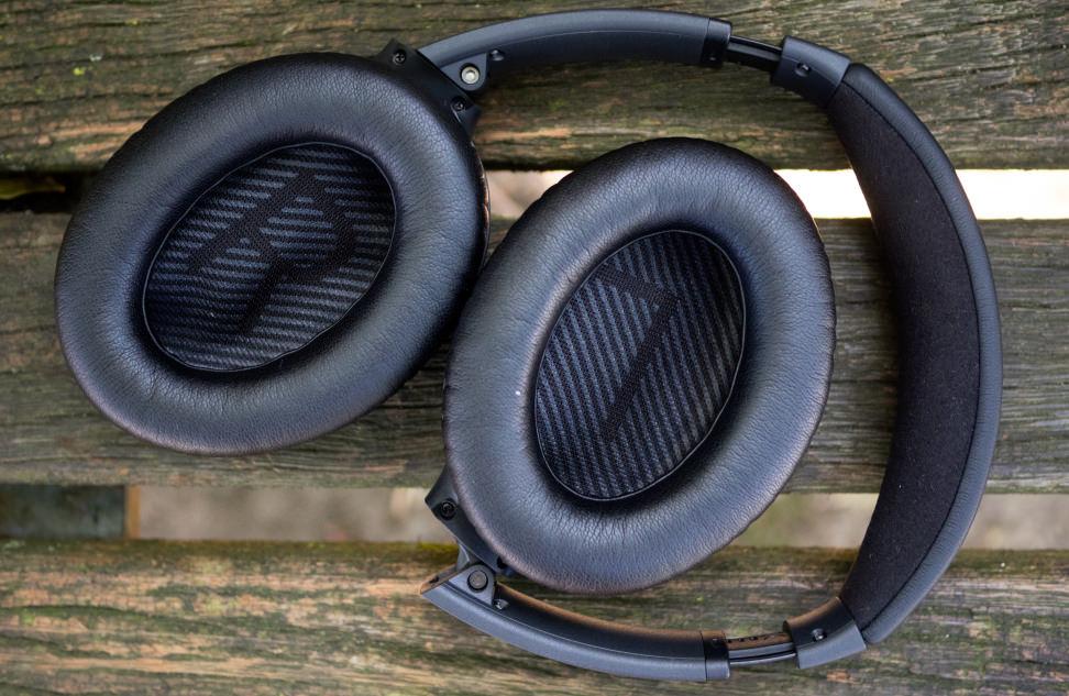 Bose QuietComfort 35 Ear Cups