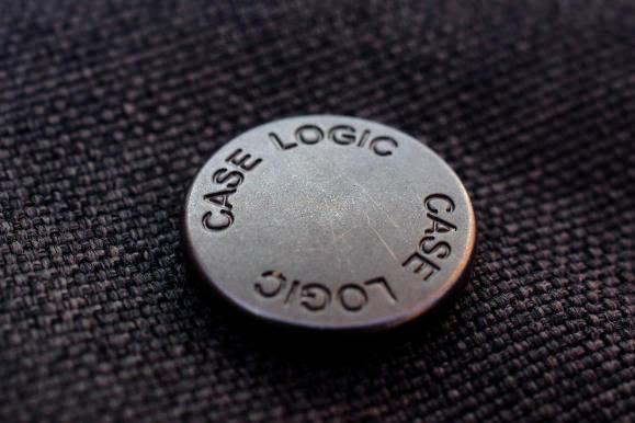 CASE-LOGIC-IPAD-BUTTONS.jpg