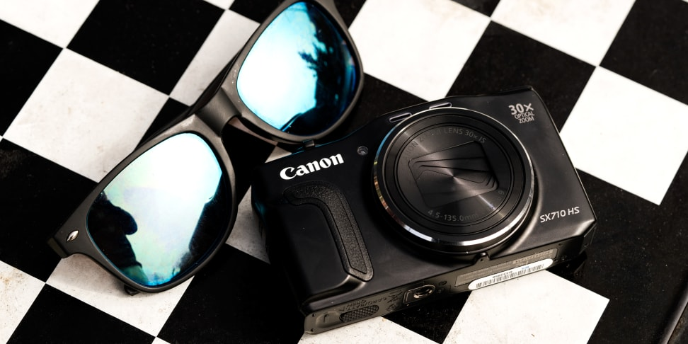 Canon PowerShot SX710 HS checkerboard