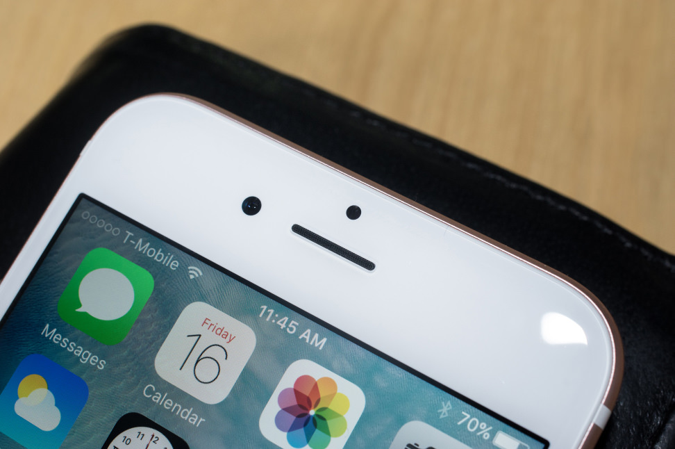 Apple iPhone 6s Front-Facing Camera