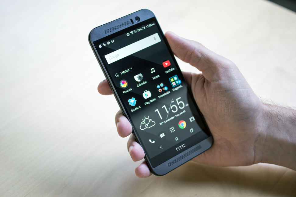 HTC One M9 Home Screen