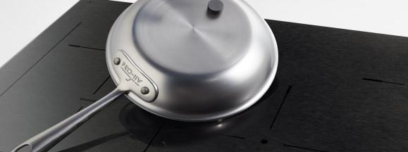 Frigidaire magnet pan induction hero
