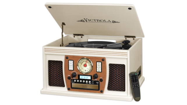 Vintage-inspired record player