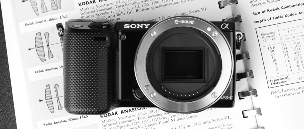 Product Image - Sony Alpha NEX-5T